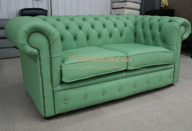 Зеленая прямая софа