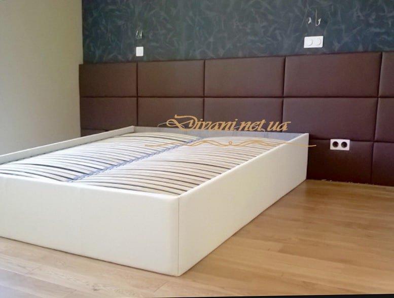 кровать с мягким изголовьем назаказ