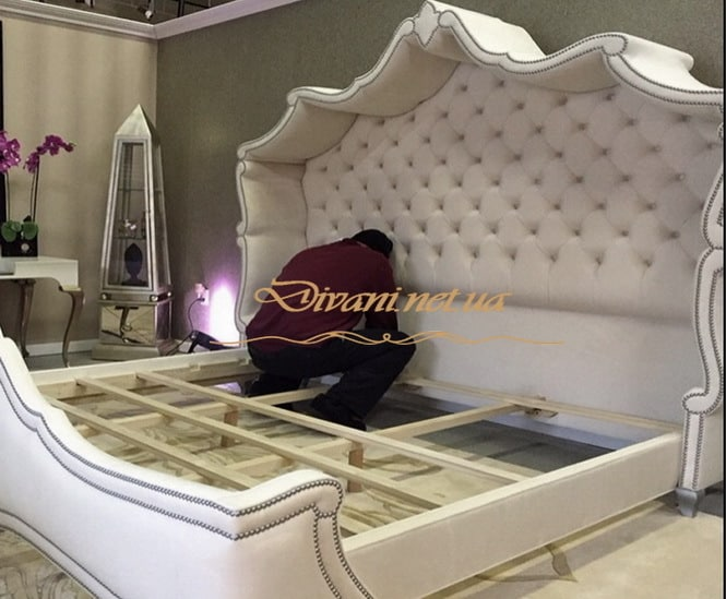 кровать в стиле честерфилд на заказ