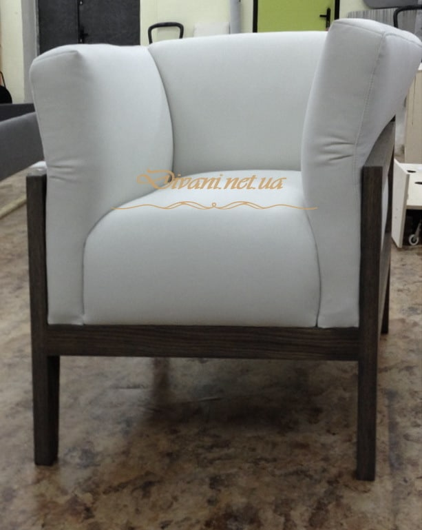 белое классическое кресло на заказ в Киеве