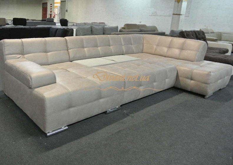 белый большой диван со спальным местом