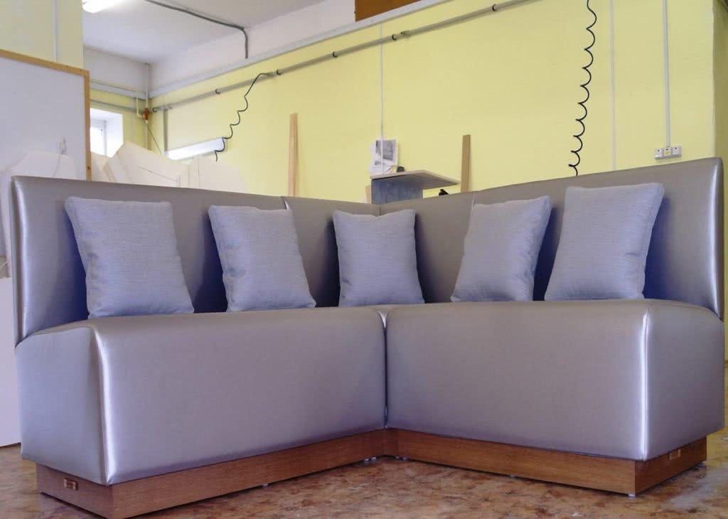 заказной угловой диван 2