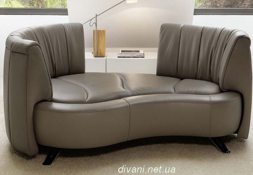 круглый диван с высокой спинкой