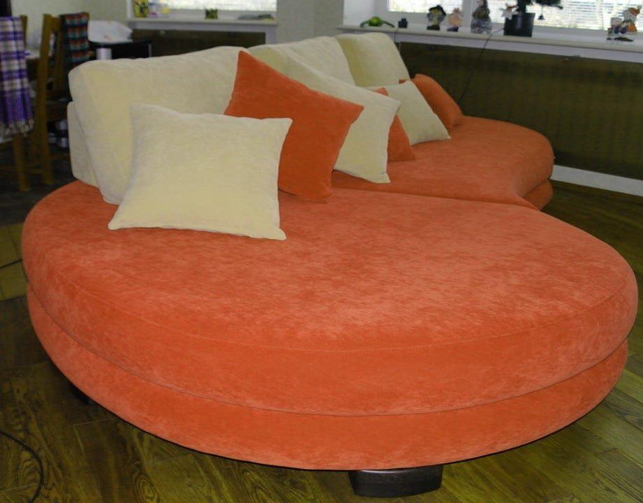 оранжевый круглый диван на заказ