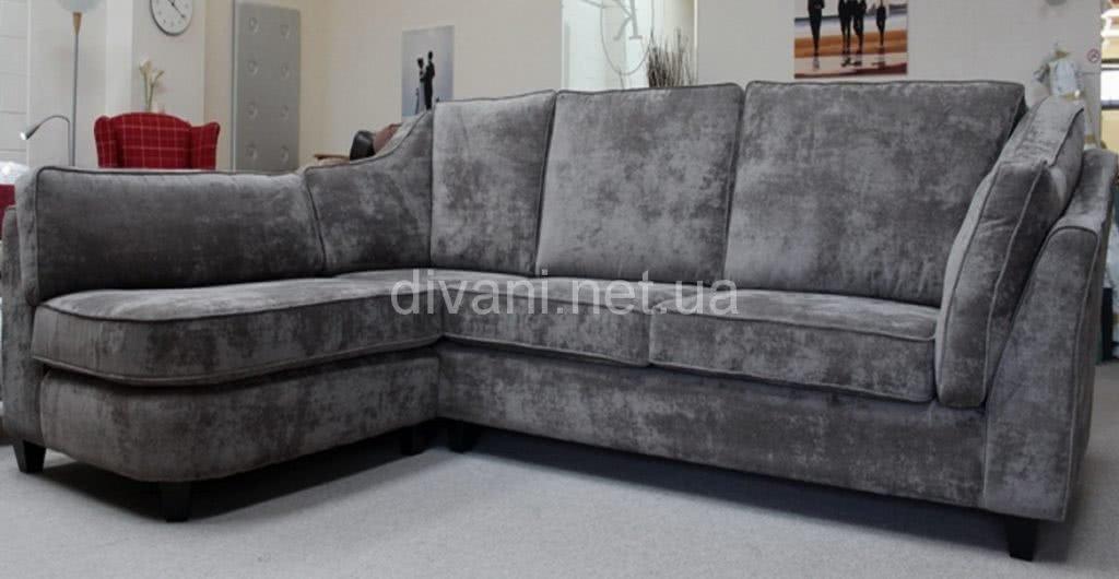 авторский угловой диван