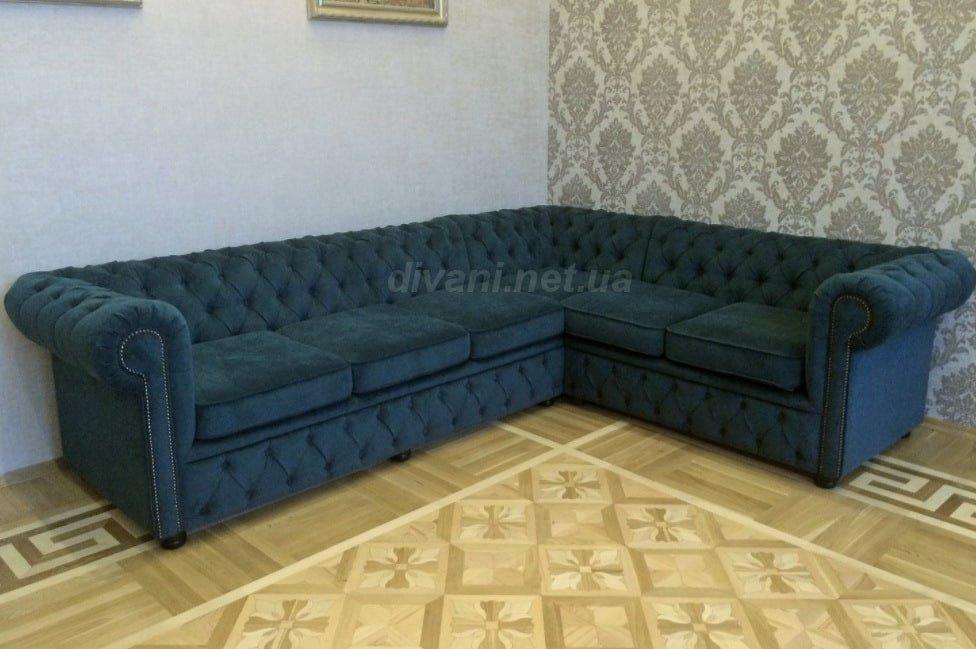 угловой диван с перетяжкой каретной