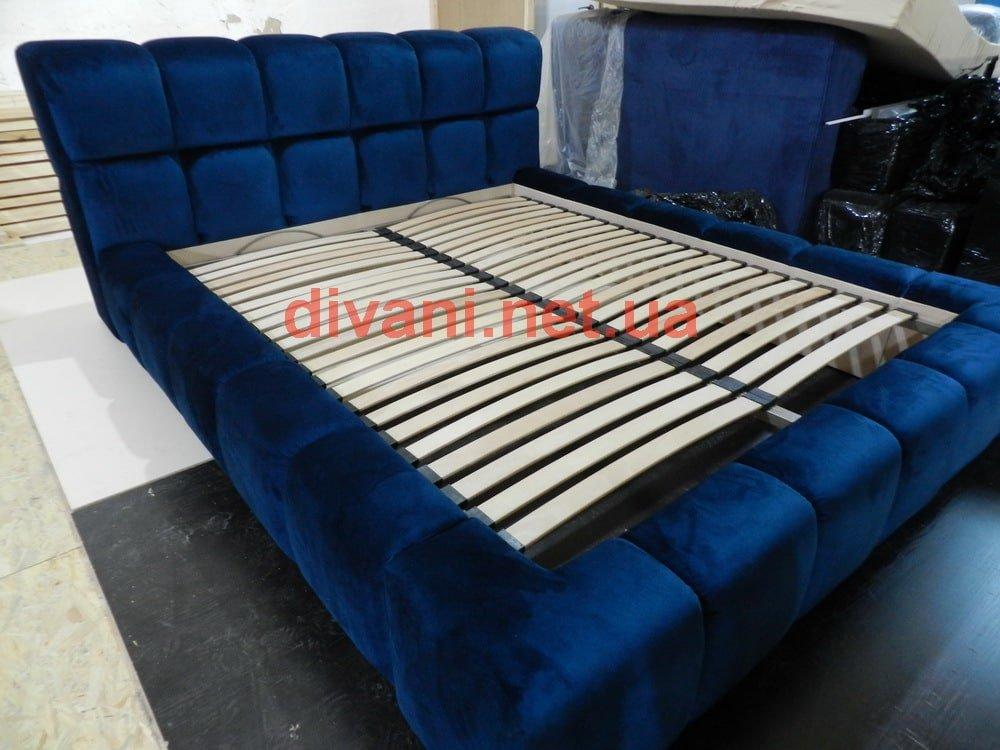 синяя элитная кровать на заказ