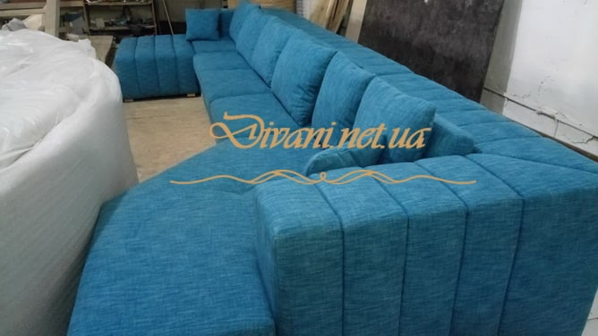 большой п образый диван