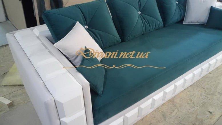 прямой заказной диван