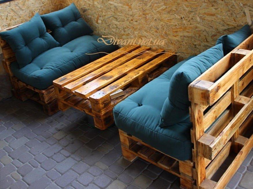 мебель из палет для кафе