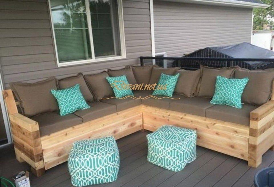 деревянный угловой диван в стиле лофт