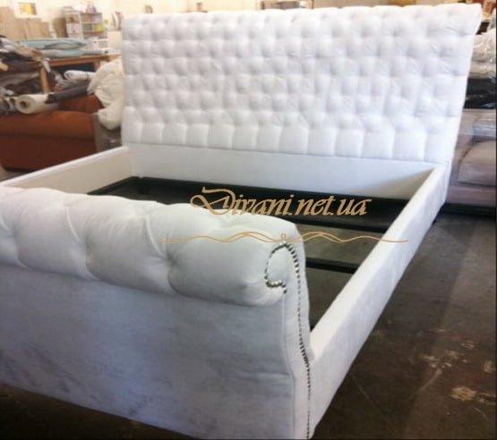 мягкая кровать честерфилд