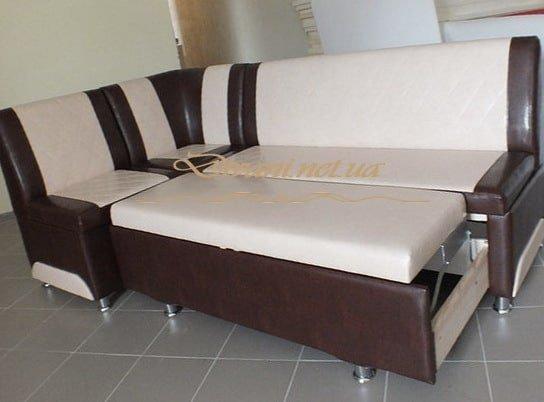 мягкая кухонная мебель с выдвижным спальным местом