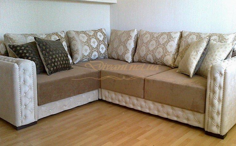 выбрать угловой диван со спальным местом на кухню
