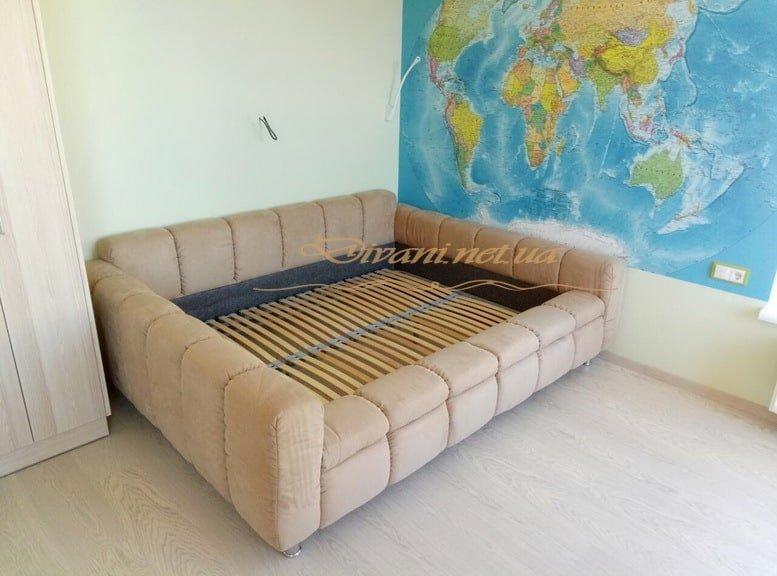 кровать с мягким изголовьем на заказ