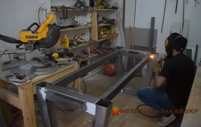 производство мебели из массива Буча