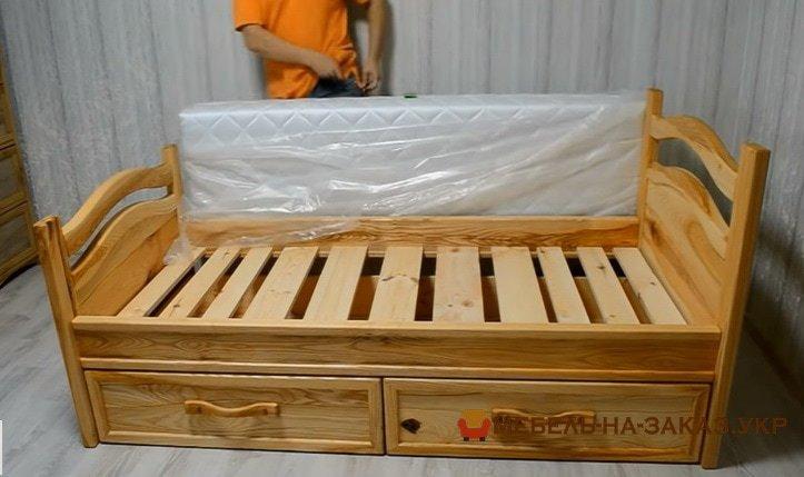 Мебель из сосны для детей