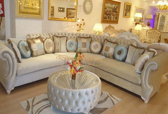 Угловой диван с пуфом