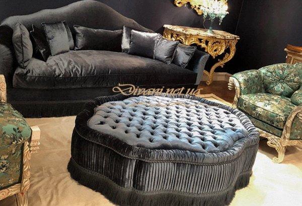 прямой диван с пуфиком