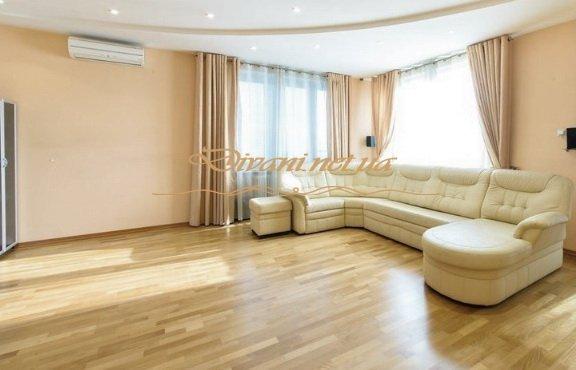 дорогая мягкая мебель в гостиную
