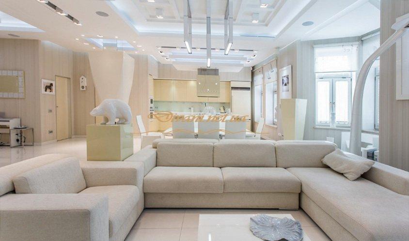 белая угловая мягкая мебель для гостиной под заказ ЖИтомир