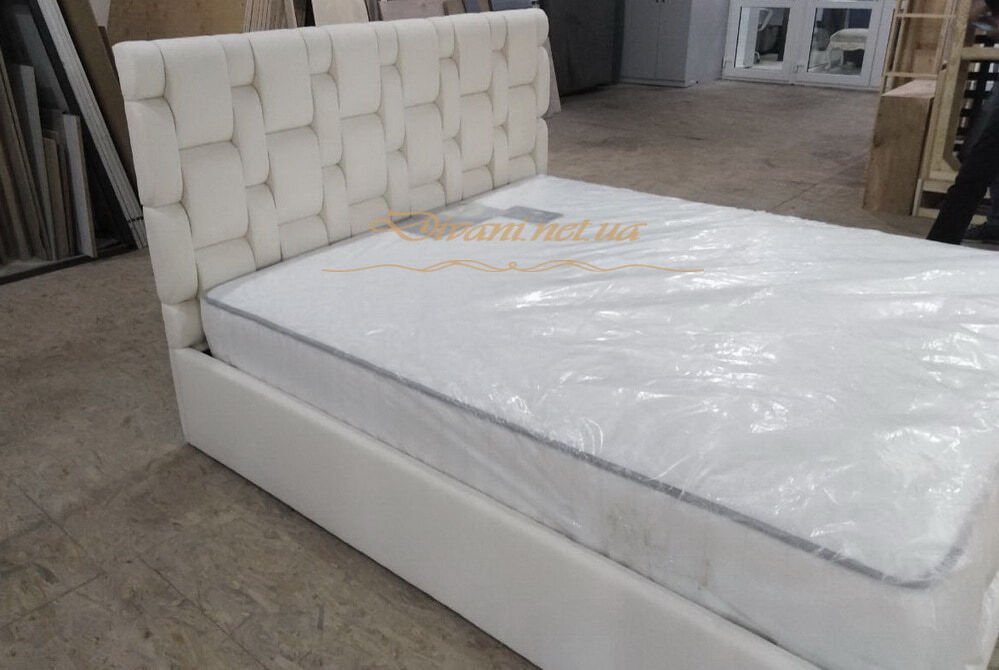 реплика дорогой кровати под заказ