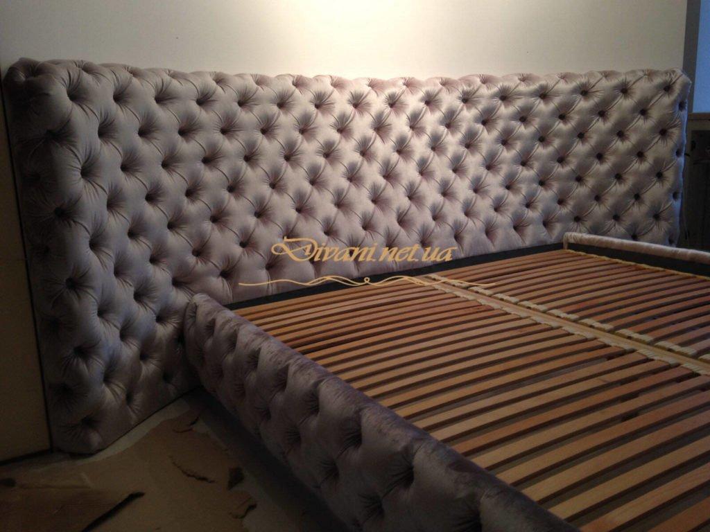 заказная кровать с круглым изголовьем