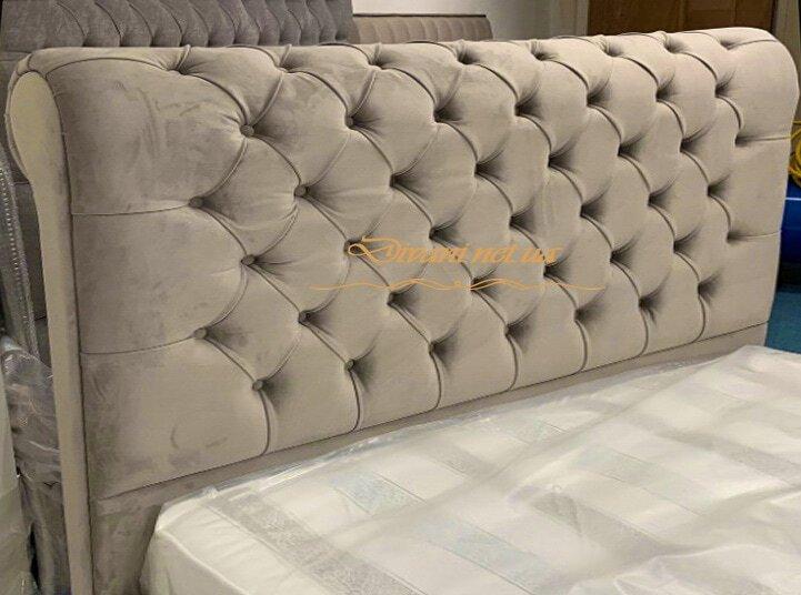кровать двуспальная бежевая