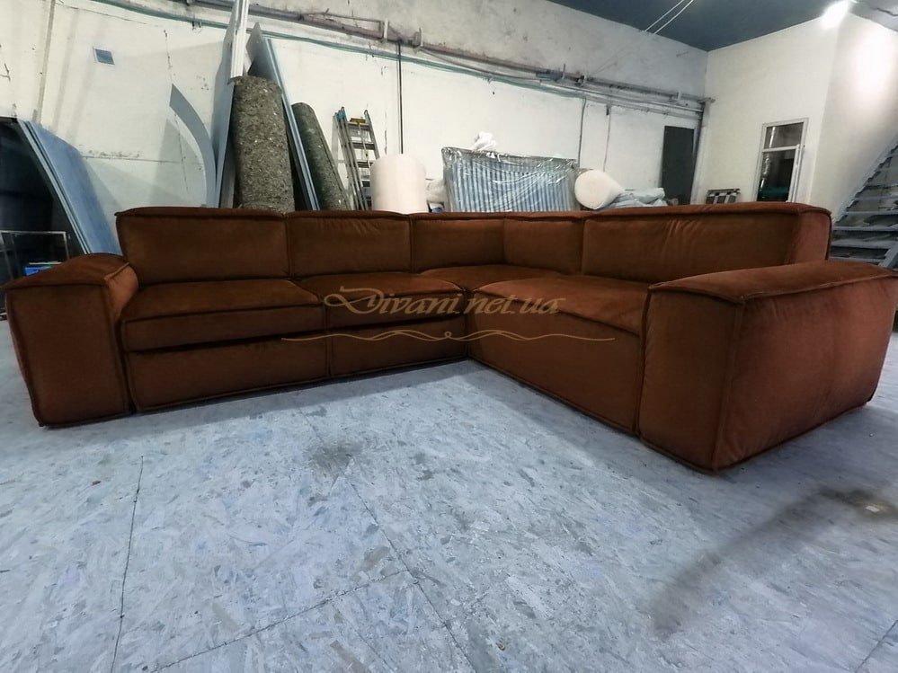 коричневый угловой диван со спальным местом