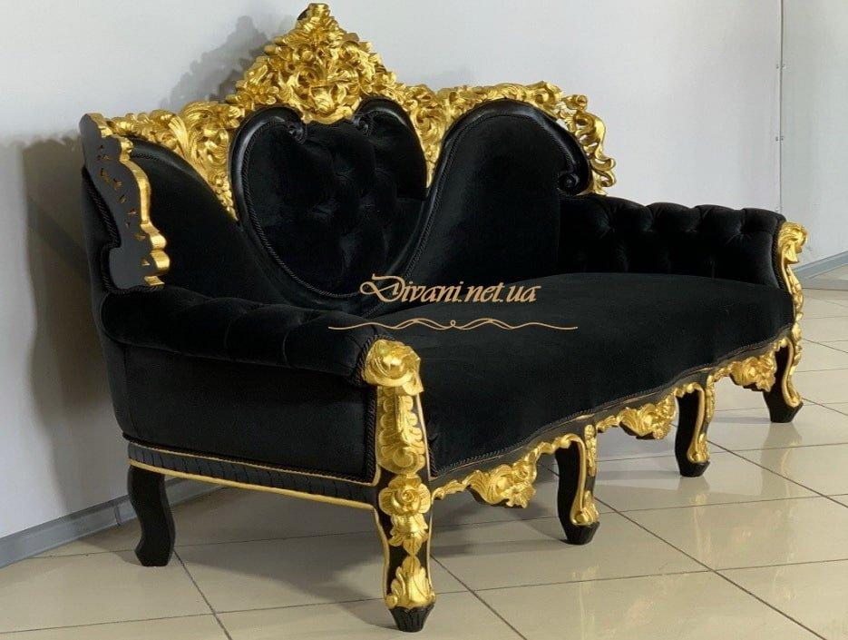 мягкая классическая мебель в зеленом цвете