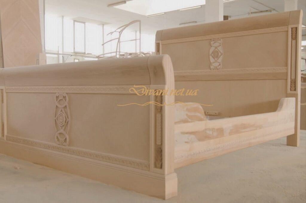 деревянная мебель с резьбой художественной под заказ