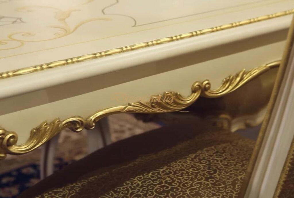 мебель с декором из дерева Киев